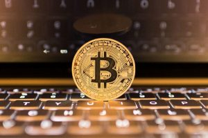 Get familiar with Bitcoin and start earning fast
